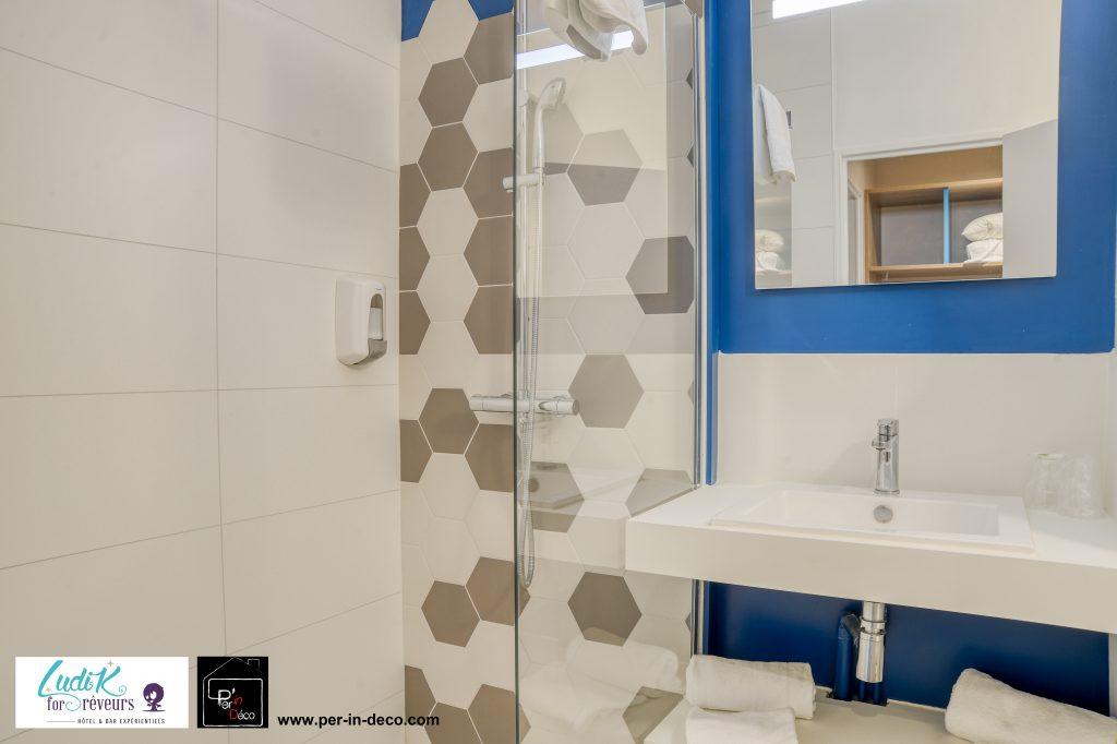 Salle de bains à l'hôtel Ludik For Rêveurs (Bergerac)